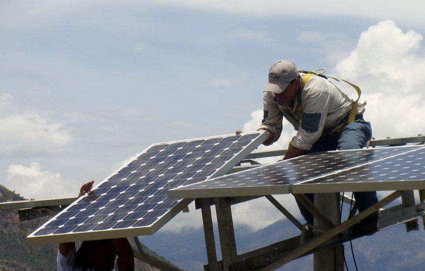 instalacion-profesional-de-paneles-solares-en-santa-catarina-nuevo-leon
